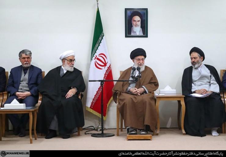 رهبر معظم انقلاب: ایستادگی ملت ایران در برابر آمریکا حقیقتی جذاب برای دنیا است