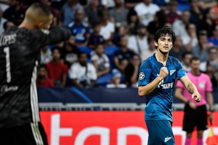 سردار آزمون زننده اولین گل فصل جدید لیگ قهرمانان اروپا