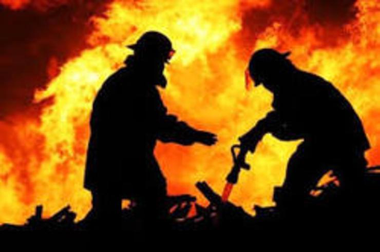 آتشسوزی گسترده در کارخانه پادراتوس قوچان