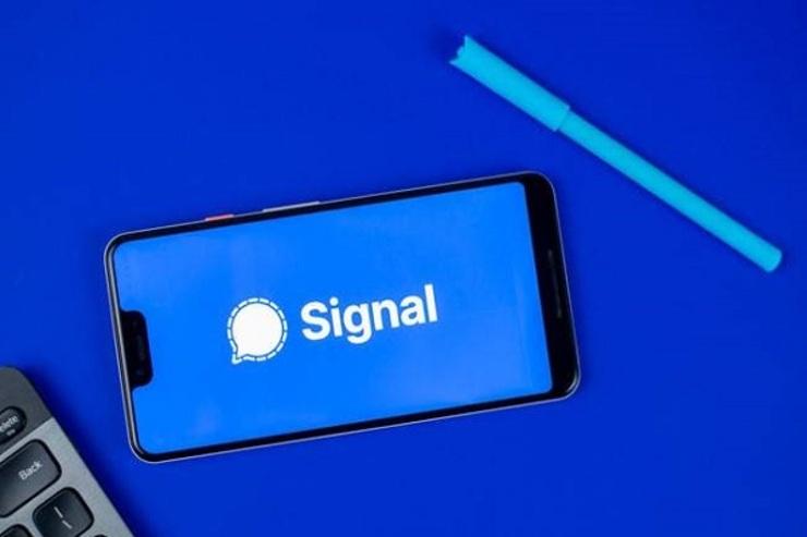جهش دانلود اپ سیگنال تحت تاثیر قوانین جدید واتساپ
