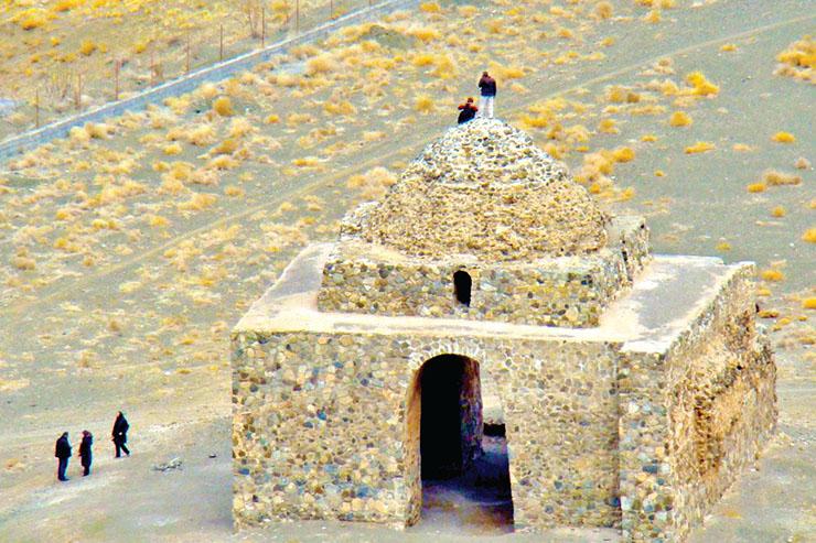 آثارِ فراموشیِ آثار باستانی