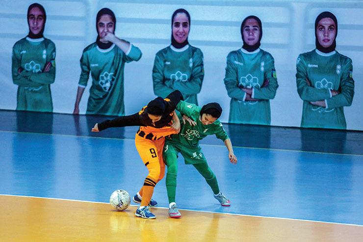 ریزش و درشت اتفاقات لیگ برتر فوتسال بانوان در روز استراحت مشهدیها