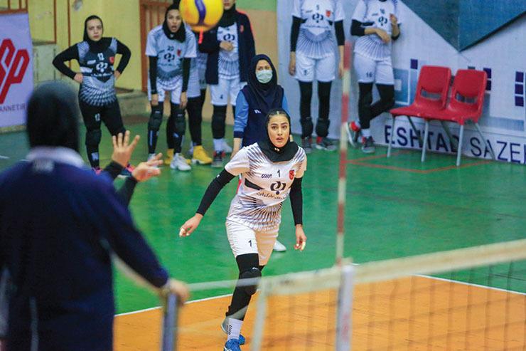 رقابتهای لیگ دسته یک والیبال بانوان: شهرآورد مشهدیها تکلیف قهرمان را مشخص میکند
