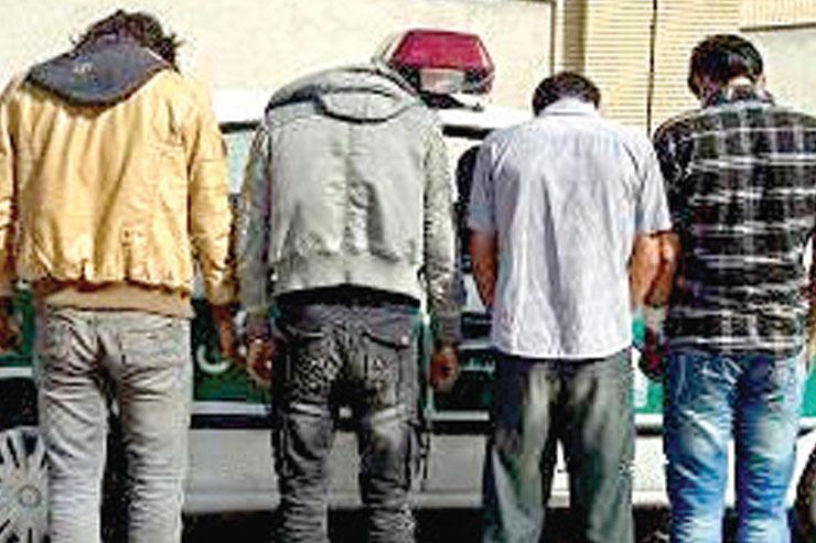 دستگیری سارقان ۲۱ خودرو در مشهد