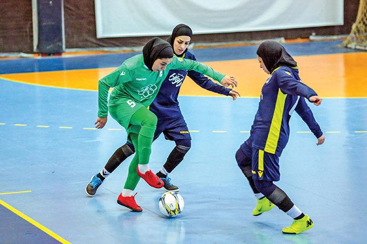 ادامه رقابتهای لیگ برتر فوتسال بانوان: شکست شاگردان شریف در فینال گروه