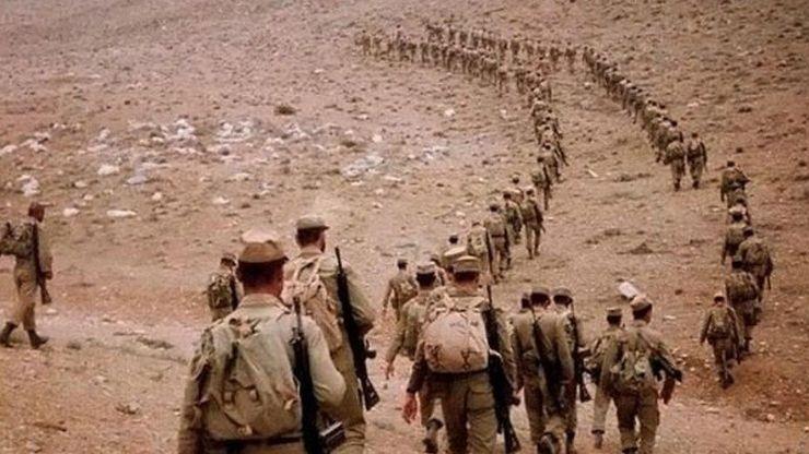 فرمانده کل ارتش: پیروزی در جنگ، معادلات راهبردی جهان را تغییر داد |  شهرآرانیوز