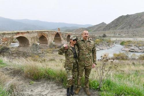 هدفگیری رئیسجمهور آذربایجان و همسرش توسط دوربین تک تیرانداز مرزی ایران + عکس