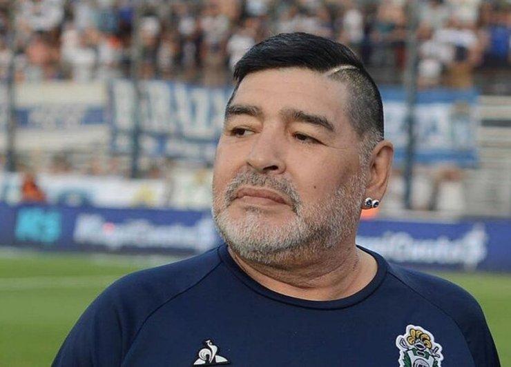 مارادونا گزینه هدایت تیم ملی بود! | افشاگری عجیب پس از فوت دیگو!
