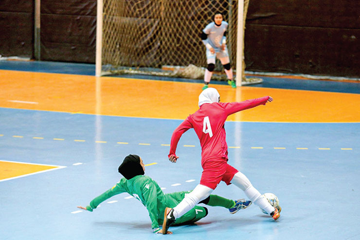 ادامه رقابتهای لیگ برتر فوتسال بانوان در روز استراحت هیات فوتبال خراسان رضوی
