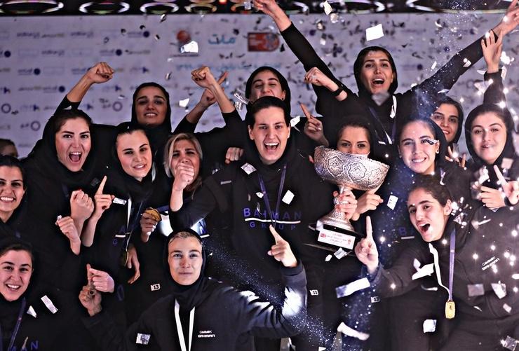 اعتراض به حق زنان بسکتبالیست| کج سلیقگیهای همیشگی!