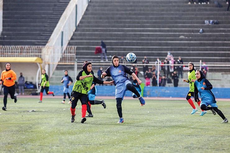 مرحله نهایی لیگ دستهیک فوتبال بانوان میزبان ندارد!