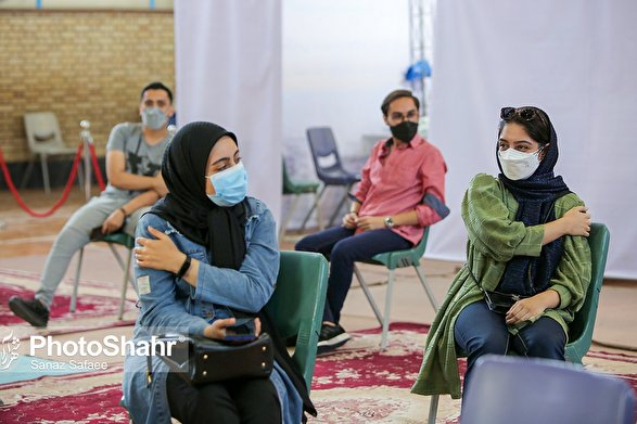 جزئیات واکسیناسیون دانشآموران در ایران | نوع واکسن و شرایط سنی چیست؟